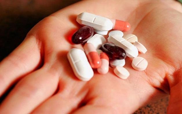 Thuốc hoặc các phương pháp can thiệp, phẫu thuật sẽ được cân nhắc trong những trường hợp bệnh nặng.