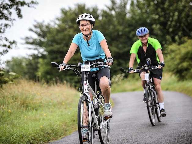 giải đáp thoái hóa khớp gối có nên đạp xe