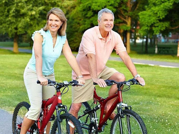 thoái hóa khớp gối có nên đạp xe hay không
