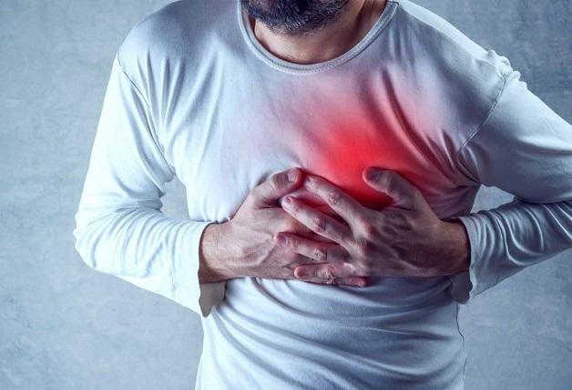 Đau thắt ngực không ổn định là một trong những biểu hiện của chứng nhồi máu cơ tim này.