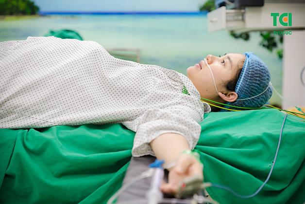 Thai nhi cử động bất thường, mẹ bầu cần nhập viện ngay