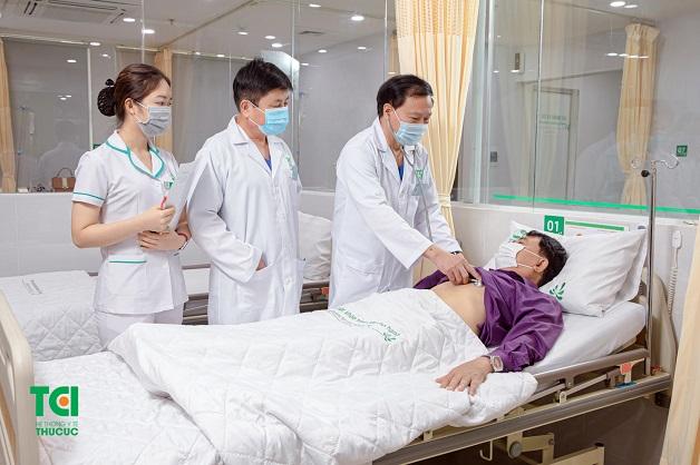 Bệnh nhân cần được theo dõi sát sao trong quá trình điều trị.