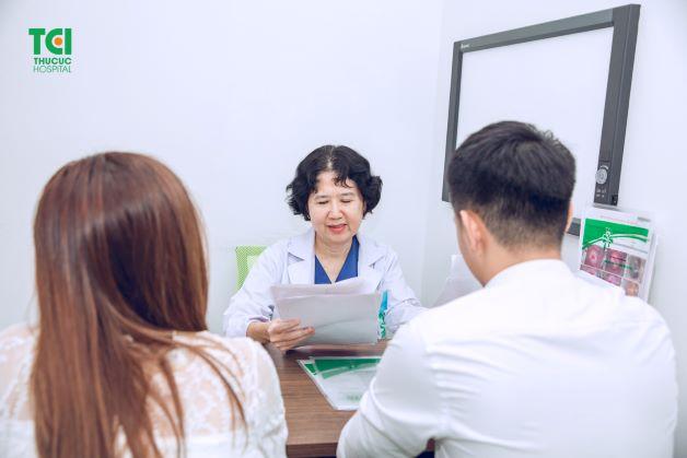 Ngoài ra, mỗi cá nhân cần chủ động xét nghiệm khi nghi ngờ có dấu hiệu bệnh và có phương pháp phù hợp, đúng đắn để bảo vệ sức khỏe của mình, hạn chế thấp nhất nguy cơ lây nhiễm của virus HPV.