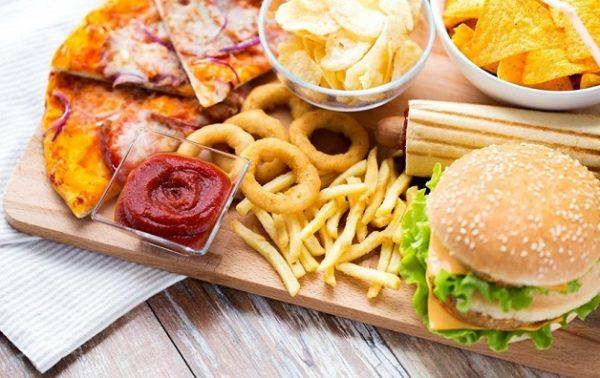 Thực phẩm chứa nhiều dầu mỡ gây ảnh hưởng tới chức năng gan