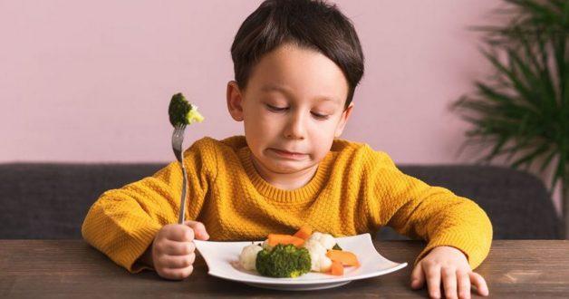 Có nhiều nguyên nhân khiến trẻ 5 tuổi biếng ăn