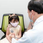 Chuyên gia giải đáp: Khi trẻ bị sốt cao co giật nên làm gì?