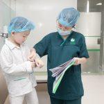 Trẻ bao nhiêu tuổi thì cắt được amidan?